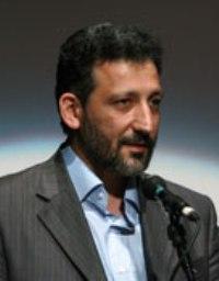مدیر سوره مهر: توزیع، هموار کننده راه تبلیغ رسانهای کتاب
