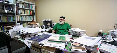 گفتگو با «صفاءالدین تبرائیان»، برنده جایزه کتاب سال ایران