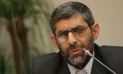 حمید حسام چهره سال هنر انقلاب اسلامی شد / حسام: اولین خاکریزی که باید از آن عبور کنیم «خود» ماست